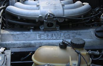 BMW 325i (26).JPG